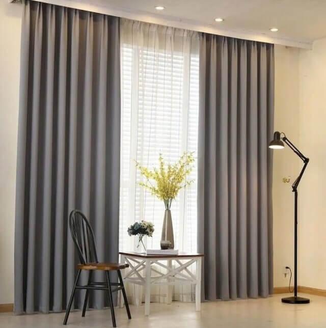 Giặt giũ rèm cửa thường xuyên giúp không gian sống thêm an toàn