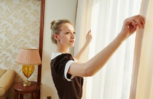 Bảng báo giá giặt rèm cửa phụ thuộc vào khối lượng đồ khách hàng cần giặt và từng địa chỉ