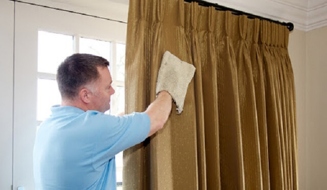 Quy trình tháo gỡ rèm cửa trước khi giặt